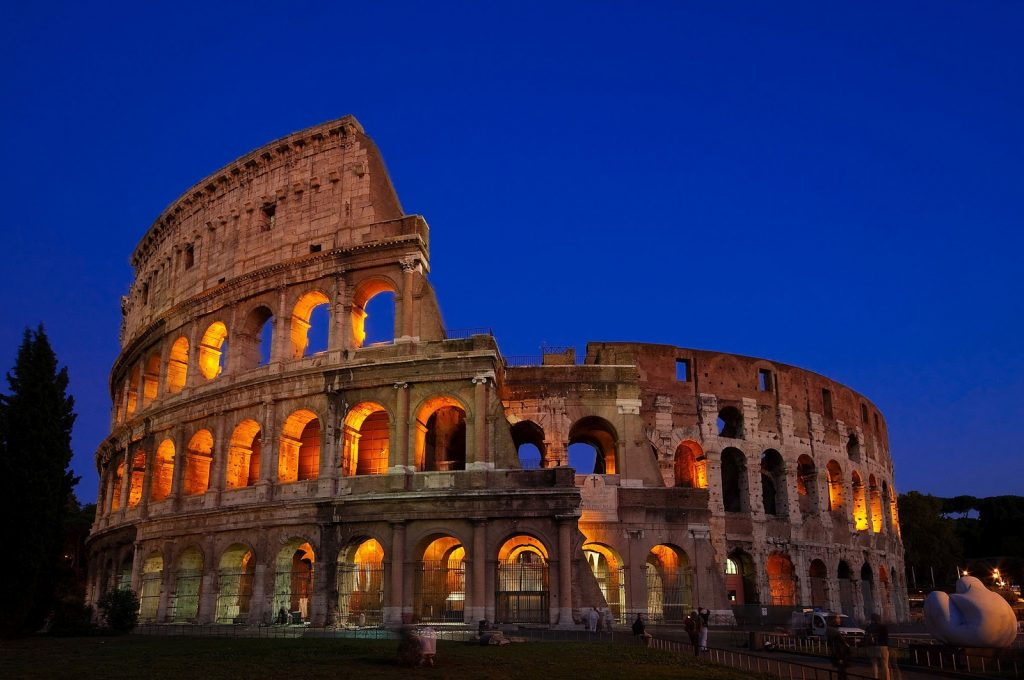 colosseum-rome-italy-night